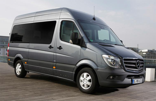 Mercedes-Benz-Sprinter-Combi-